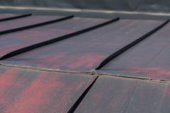 屋根の塗り替えのタイミングって?